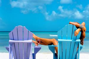Beachbeautifulbluegirloceanfavim_co